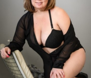 Denver Escort Angel_DL Adult Entertainer, Adult Service Provider, Escort and Companion.