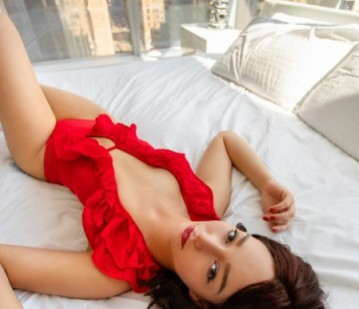 Charlotte in New York escort