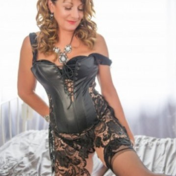 West Palm Beach Escort Mallory Adult Entertainer, Adult Service Provider, Escort and Companion.