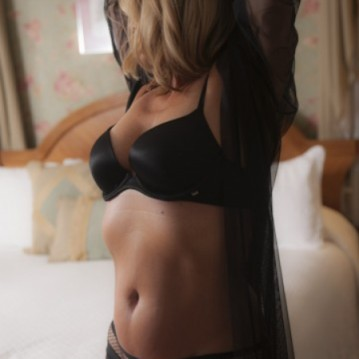 Raleigh Escort Sexy Carolina Adult Entertainer, Adult Service Provider, Escort and Companion.