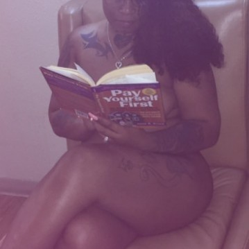 Chicago Escort AsianKittyBigBaby30 Adult Entertainer, Adult Service Provider, Escort and Companion.
