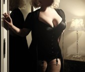 Chicago Escort Amber  Lynn Adult Entertainer in United States, Female Adult Service Provider, Escort and Companion.