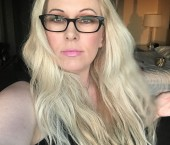 Tampa Escort MistressBritneyBond Adult Entertainer in United States, Female Adult Service Provider, American Escort and Companion.