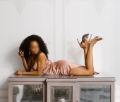 Pittsburgh Escort Naomi  Carlysle Adult Entertainer in United States, Female Adult Service Provider, American Escort and Companion.