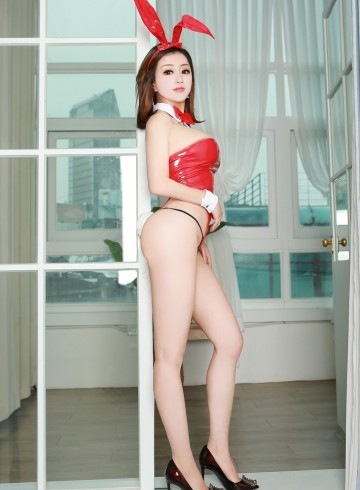 San Jose Escort Bunny  Lizzy Adult Entertainer in United States, Female Adult Service Provider, Escort and Companion.