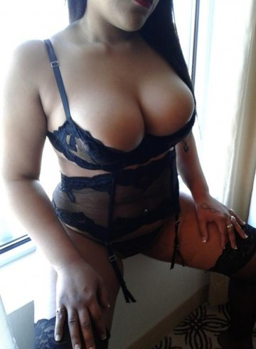 Boston Escort Alluring  Alana Adult Entertainer in United States, Female Adult Service Provider, Escort and Companion.
