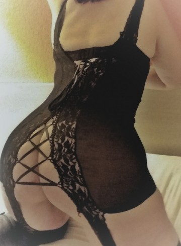 Tacoma Escort CurvyMILF Adult Entertainer in United States, Female Adult Service Provider, Escort and Companion.
