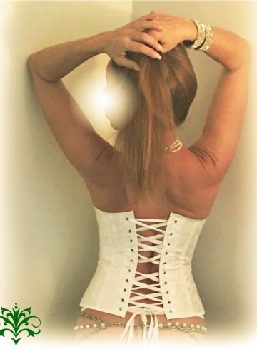 Jacksonville Escort Clarice Adult Entertainer in United States, Female Adult Service Provider, American Escort and Companion.