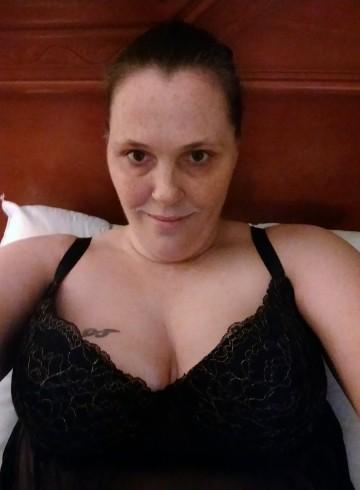 Wichita Escort Brandy Adult Entertainer in United States, Female Adult Service Provider, American Escort and Companion.