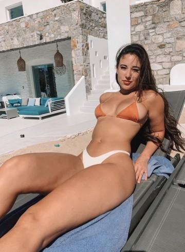 Las Vegas Escort Varona Adult Entertainer in United States, Female Adult Service Provider, American Escort and Companion.