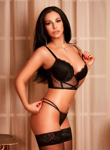 Chicago Escort Alexia Adult Entertainer in United States, Female Adult Service Provider, Escort and Companion.