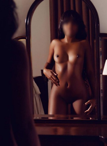 West Palm Beach Escort IvyRose Adult Entertainer in United States, Female Adult Service Provider, Escort and Companion.