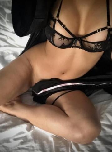 Miami Escort Elena  Posh Adult Entertainer in United States, Female Adult Service Provider, Escort and Companion.