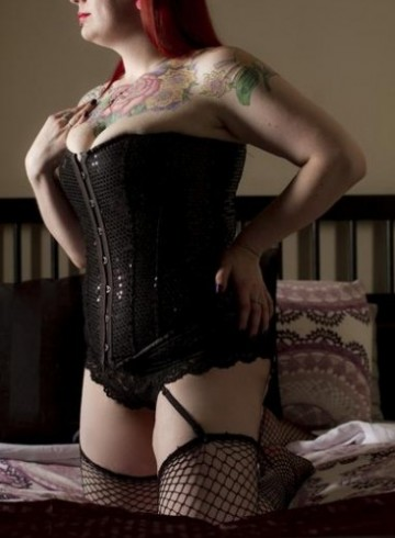 Seattle Escort ChayseRose Adult Entertainer in United States, Female Adult Service Provider, Escort and Companion.