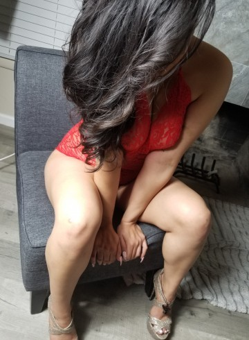 Stockton Escort Chloeminx Adult Entertainer in United States, Female Adult Service Provider, Mexican Escort and Companion.