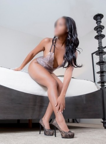 Boston Escort Enchanting  Erica Sweets Adult Entertainer in United States, Female Adult Service Provider, American Escort and Companion.