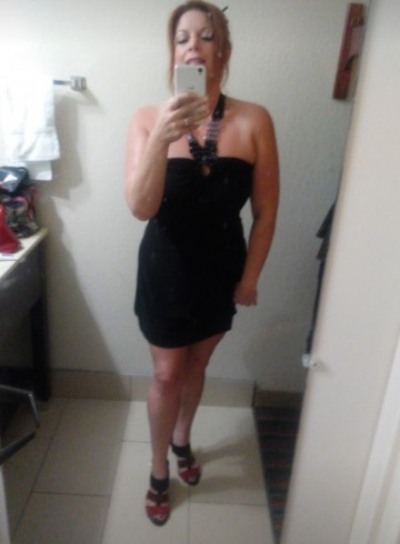 Nashville-Davidson Escort Naomi Adult Entertainer in United States, Female Adult Service Provider, Escort and Companion.