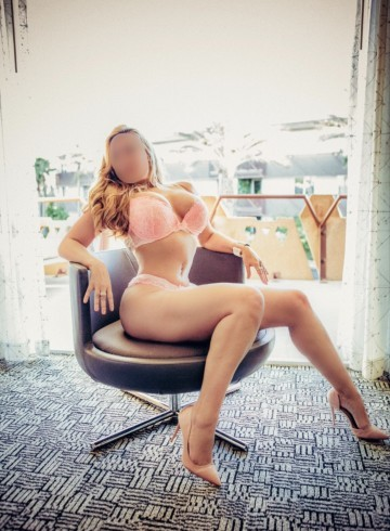 Scottsdale Escort VIPMarissaDeMarco Adult Entertainer in United States, Female Adult Service Provider, American Escort and Companion.